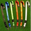 Blanke nøglesnore i forskellige farver
